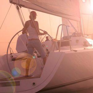 racing-sailing-boat-yacht-5